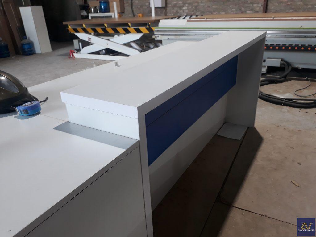 sản xuất bàn văn phòng