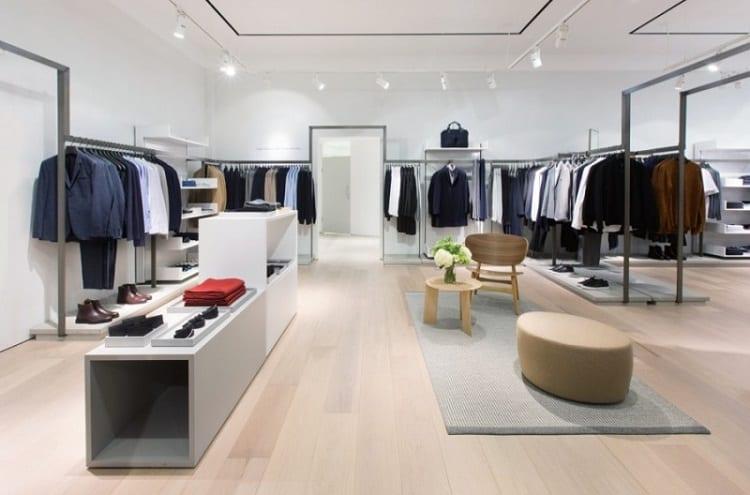 tragn trí nội thất cửa hàng thời trang